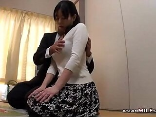 blowjob-japanese-milfs-nipples-rubbing-sucking
