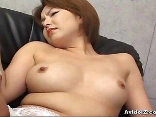 babe-clit-fingering-girl-japanese-pussy