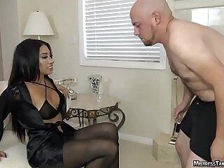 balls-domination-femdom-foot-mistress-worship