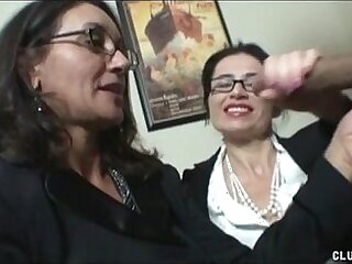 double-glasses-milfs-stroking