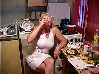 kitchen-mom-son