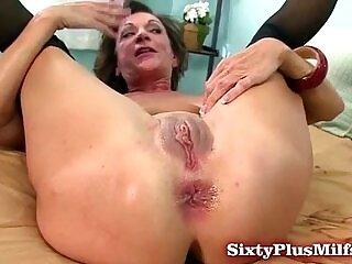 amateur-anal-love-mature-milfs-older woman