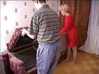 amateur-friend-mature-mom-older woman-russian