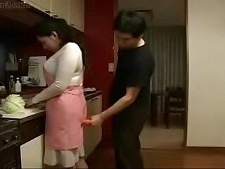 asian-girl-japanese-kitchen-mom-son