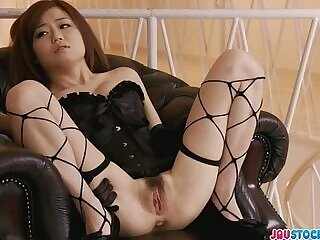 babe-fishnets-girl-pretty-pussy-squirt