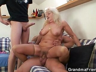 3some-blonde-grandma-party