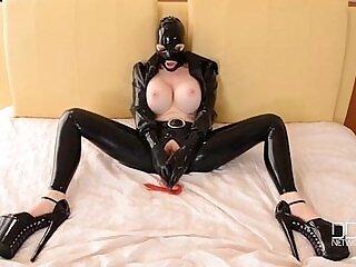 bdsm-goddess-latex-masturbation-orgasm-xxx