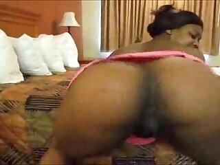 twerk-webcam-woman