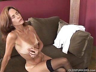 girl-horny-sexy-slim-stockings