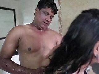 aunty-cams-desi-girl-hidden camera-indian
