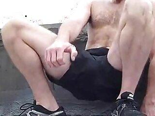 boy-cum-fitness-gay-jerking-solo