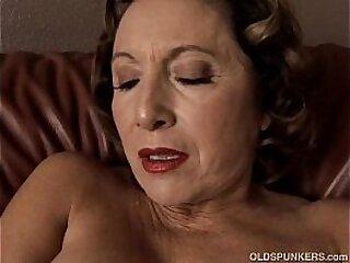 aged-big tits-breasts-cougar-gorgeous-grandma