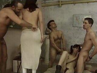 german-peeing-shower