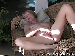 moaning-mom-mother